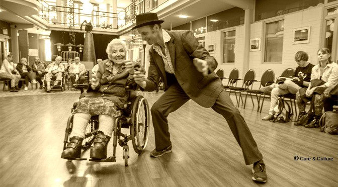 Lezing danstherapie met ouderen in Texas USA